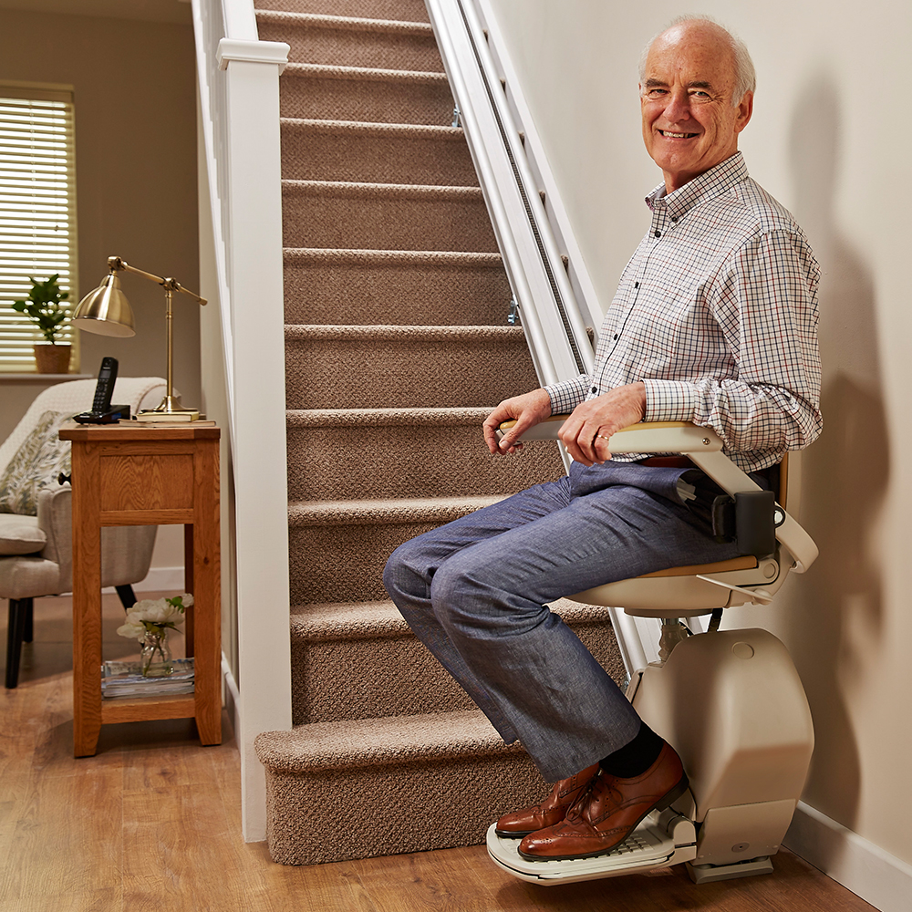 Lovely Acorn 130 Straight Stairlift