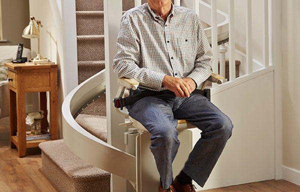 Acorn 130 Curved Stairlift